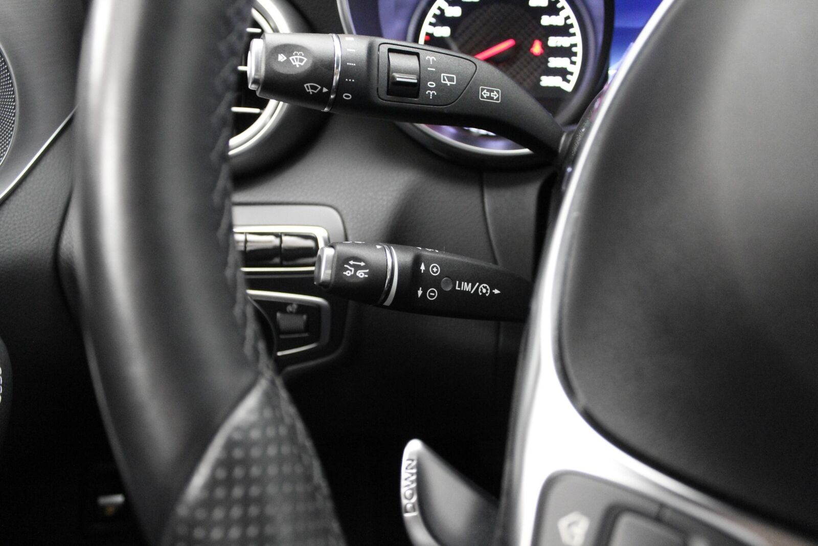 Mercedes C63 AMG stc. aut.