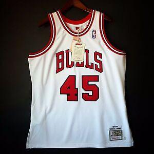100% Authentic Michael Jordan Mitchell Ness 94 95 Bulls Home Jersey ... dd097a03d
