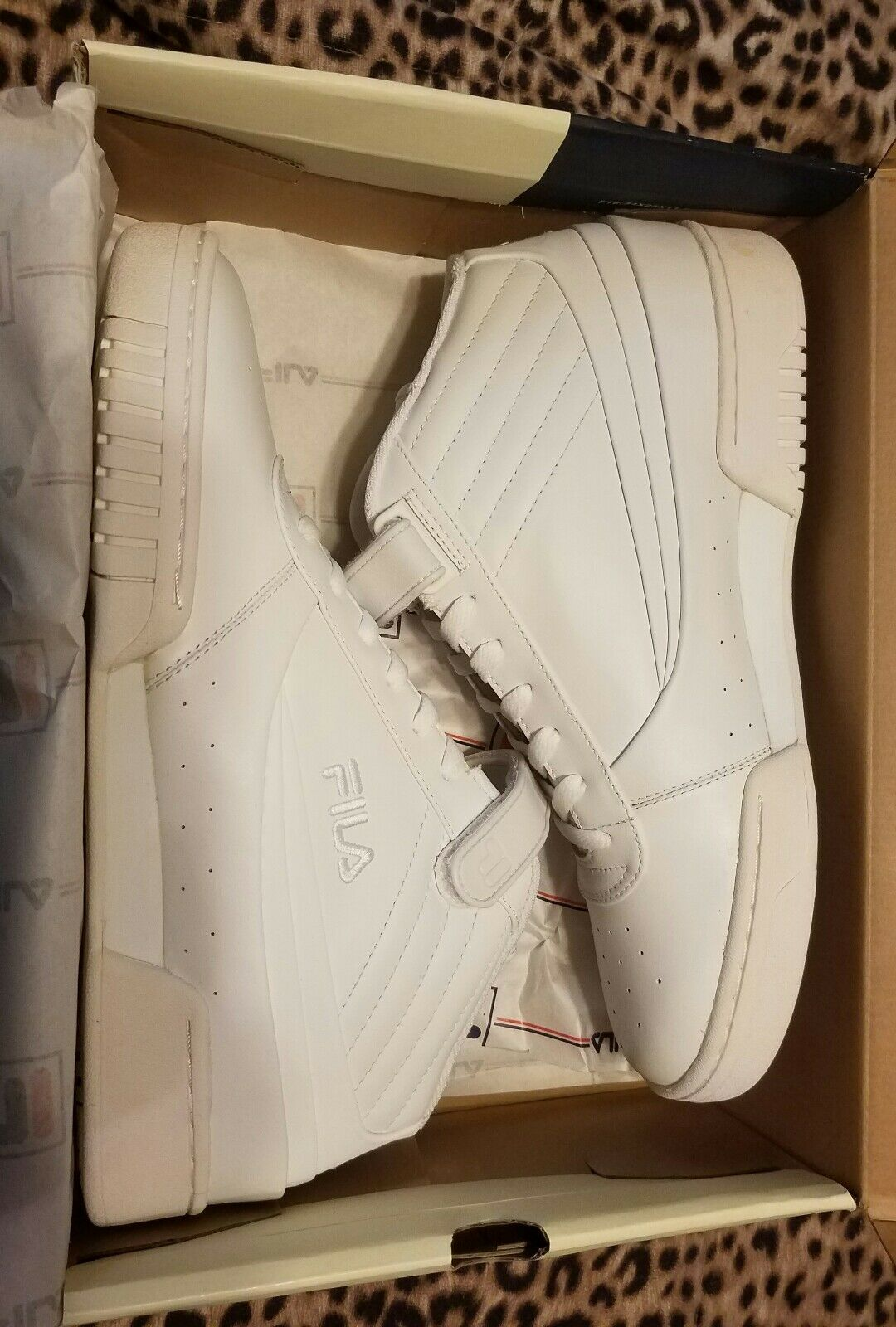 Mens White Fila F89 high top NIB 11.5