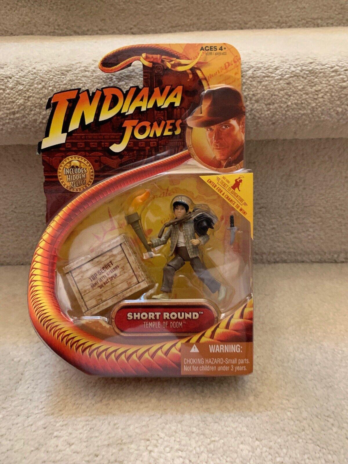 Indiana Jones  Corto rojoondo templo de Doom 3.75  Acción Figura Hasbro 2008 (raro)