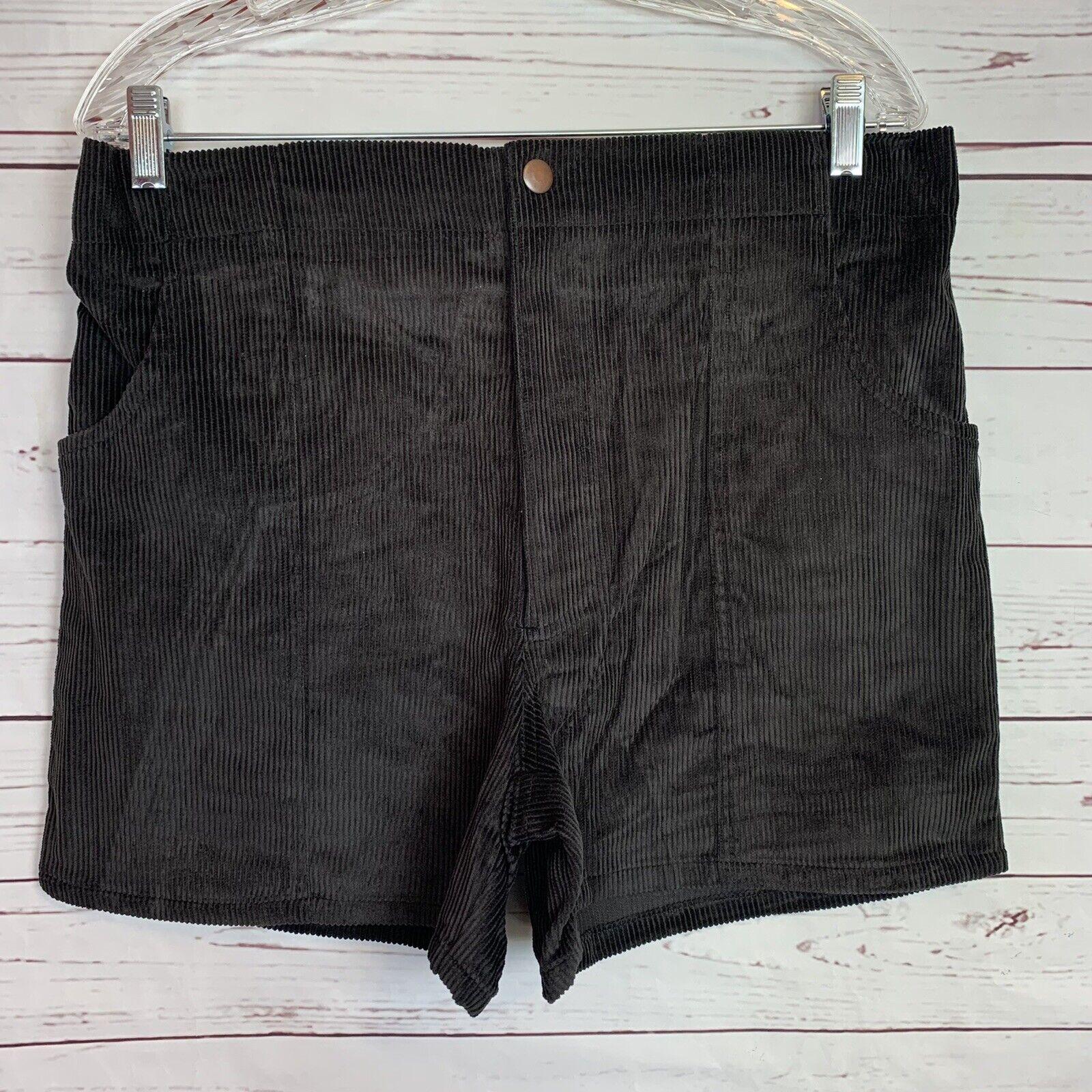 Vintage Black Corduroy Classics OP Style shorts size 32/34