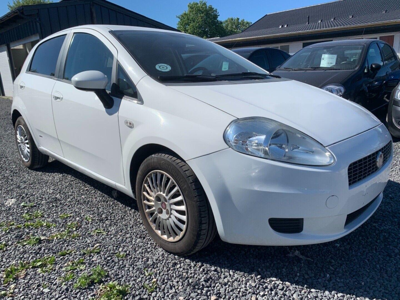 Fiat Grande Punto 1,3 JTD 75 Active 5d - 22.900 kr.