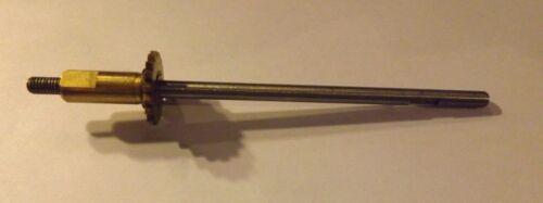 1 New Old Stock PENN 440SS 4400SS FISHING REEL Spool Shaft 39-440