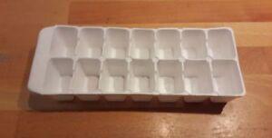 Aufbau Kühlschrank Mit Gefrierfach : Eiswürfelform kühlschrank gefrierfach wohnwagen original aus