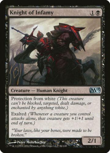 Knight of Infamy Magic 2013 UNCOMMON en Presque comme neuf MTG