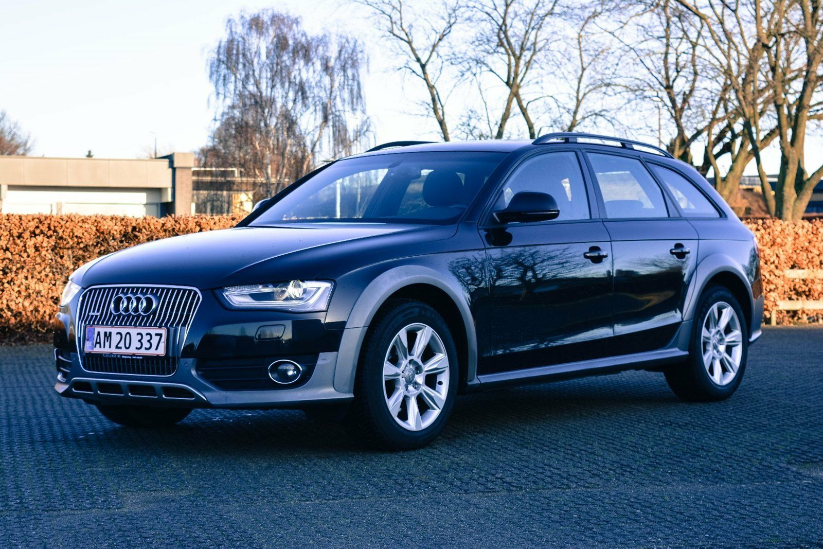 Audi A4 allroad 3,0 TDi 245 quattro S-tr. 5d - 309.900 kr.