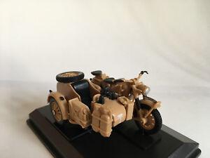 BMW-B-R75-1941-Africa-Korps-Rommel-Motorrad-Gespann-Cararama-Modell-1-43