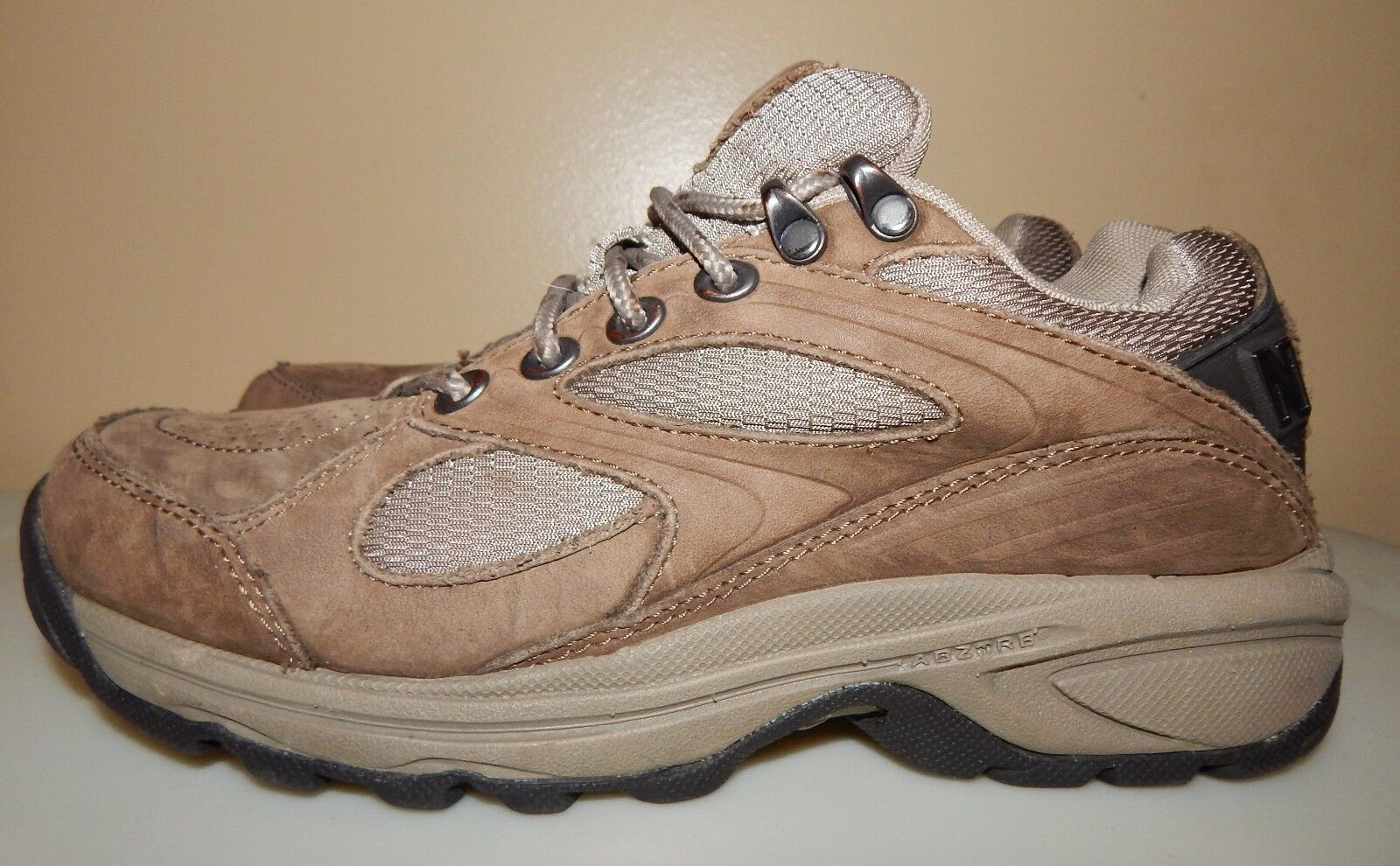 New Balance WW780BR 780 Trekking Hiking Trail Athletic Sneakers Women's US 7B