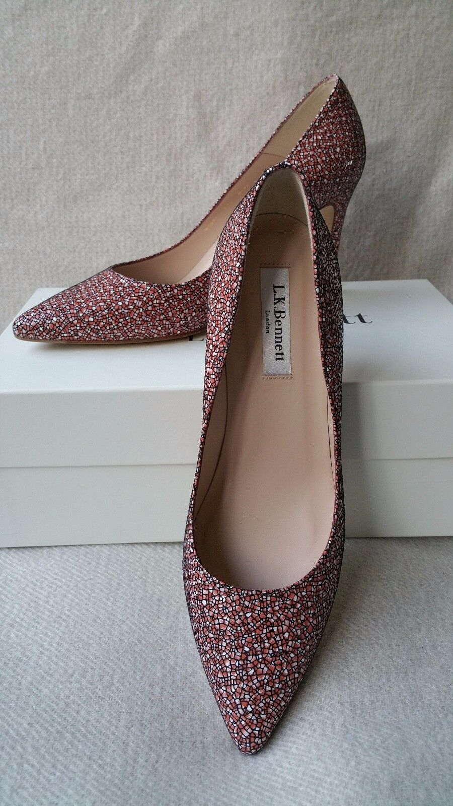 NIB L.K. Bennett Floret Pumps 37.5 Candy Patent Pointed Toe shoes Leather Red