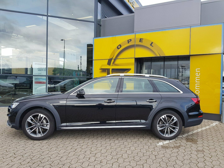 Audi A4 allroad 3,0 TDi 218 quattro S-tr. 5d - 559.990 kr.
