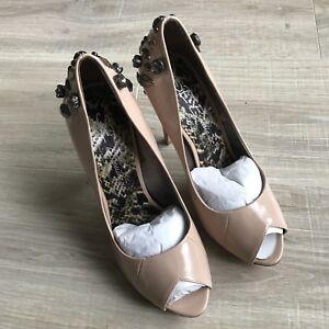 c546e6466d6008 SE Boutique Sam Edelman Design Studded Lakin Tan Patent Pump Heels ...