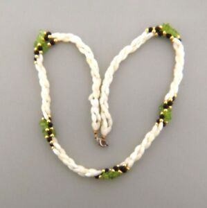 Vintage Mother of Pearl Shell Peridot Onyx Triple Strand Necklace .25x22 Inch