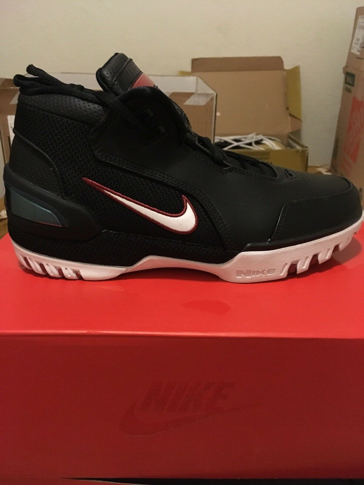 air zoom generation Size 7.5  Cheap and fashionable
