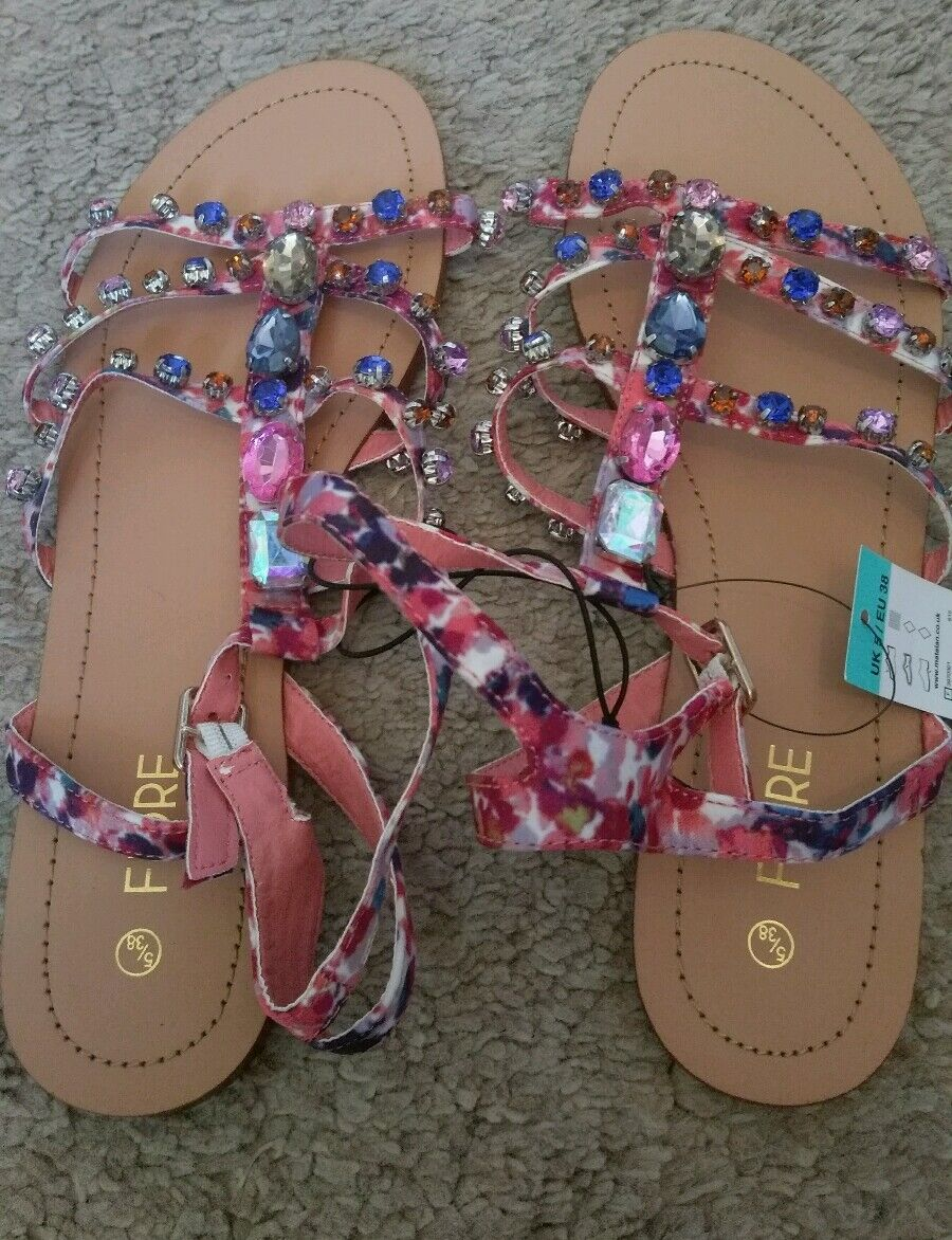 BNWT sandals ladies/girls Multicolored dimonte gladiator sandals BNWT RRP  size 8 62889f