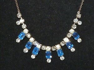 Lovely-Vintage-1950s-sparkly-blue-amp-clear-glass-rhinestone-silver-tone-necklace