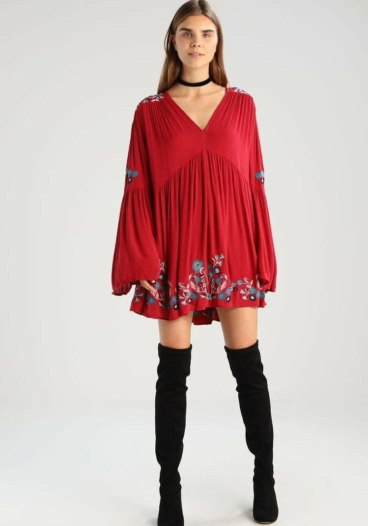 148 NWT FREE PEOPLE SzXS TE AMO FLORAL EMBROIDERED BELL SLEEVES MINI DRESS RED