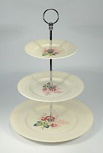Spode-034-Lady-Anne-034-Etagere-3-stufig