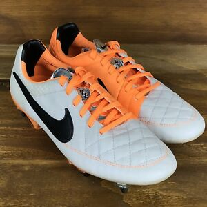new product b2bb8 dc023 Nike Tiempo Legend V 5 SG Pro ACC Soccer Cleat Desert Sand ...