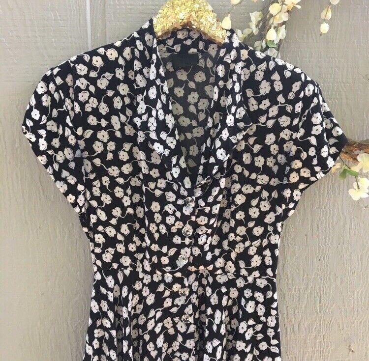 Anna Sui Vintage 1990s Floral Dress. - image 4