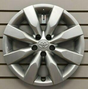 2014-2015-2016-TOYOTA-COROLLA-16-034-8-spoke-Hubcap-Wheelcover-Factory-Original