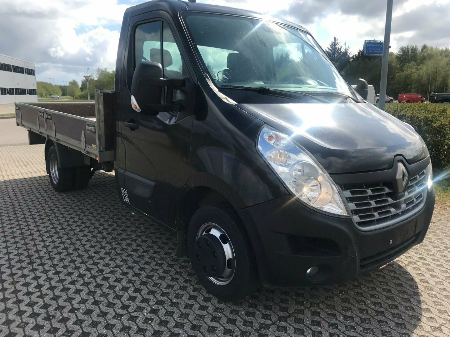 Renault Master III T35 2,3 dCi 165 L4 Ladvogn RWD