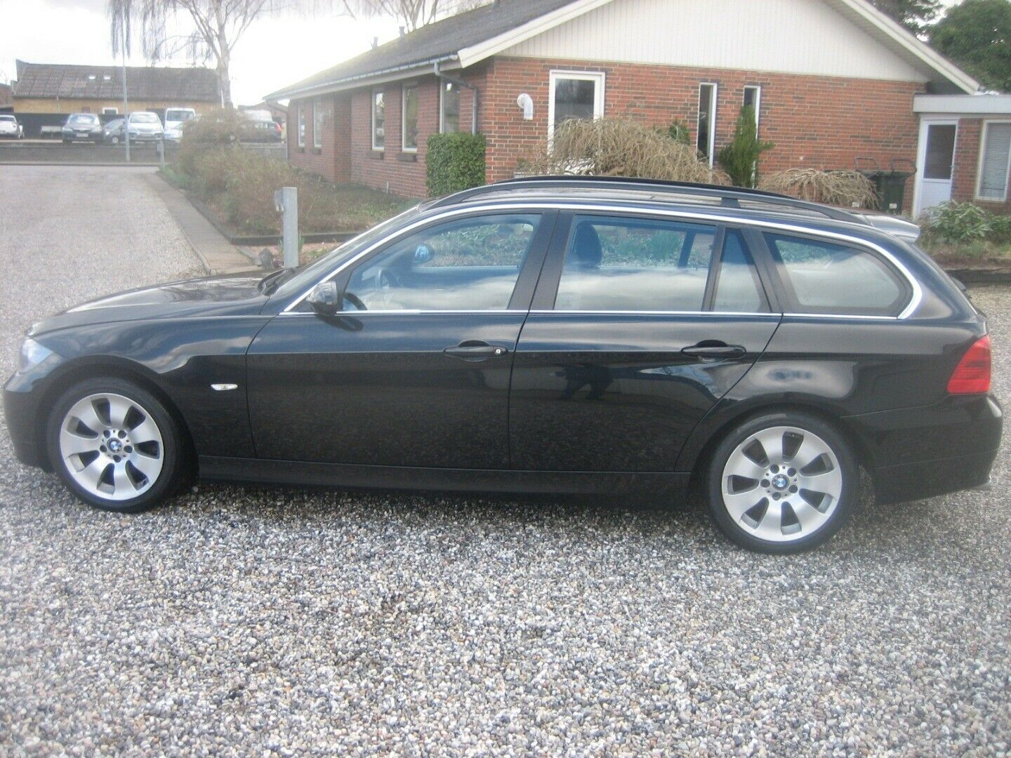 BMW 325d 3,0 Touring 5d - 99.900 kr.