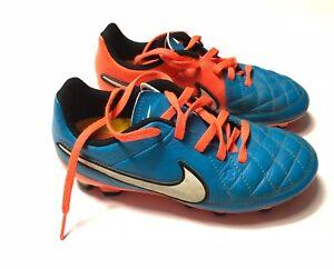 Crampons Chaussures Nike 31 De Taille Bleu Football Détails Foot Sur cj35R4ASLq