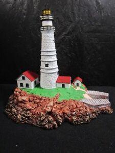 Danbury-Mint-034-Boston-Light-034-Very-Detailed-Building-Statue-In-Box