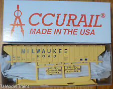 Accurail HO #6517 (Rd #101563) Milwaukee Road (Pullman Std. Cov. Hopper Kit)