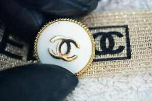 One-1-pieces-Vintage-Chanel-button-price-for-1-23-mm