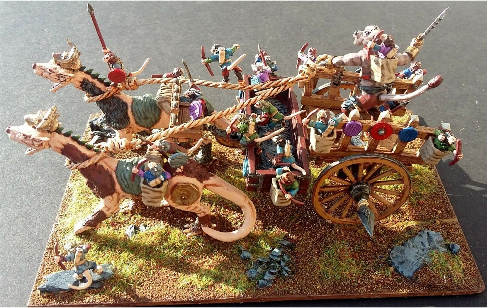 15mm Fantasy Vermian Assault Engine (1 Complete Engine and Crew)