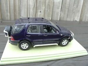 Edicion-especial-de-1-18-Maisto-1997-Mercedes-Benz-Ml-320-W163-SUV-Car-Toy-Azul