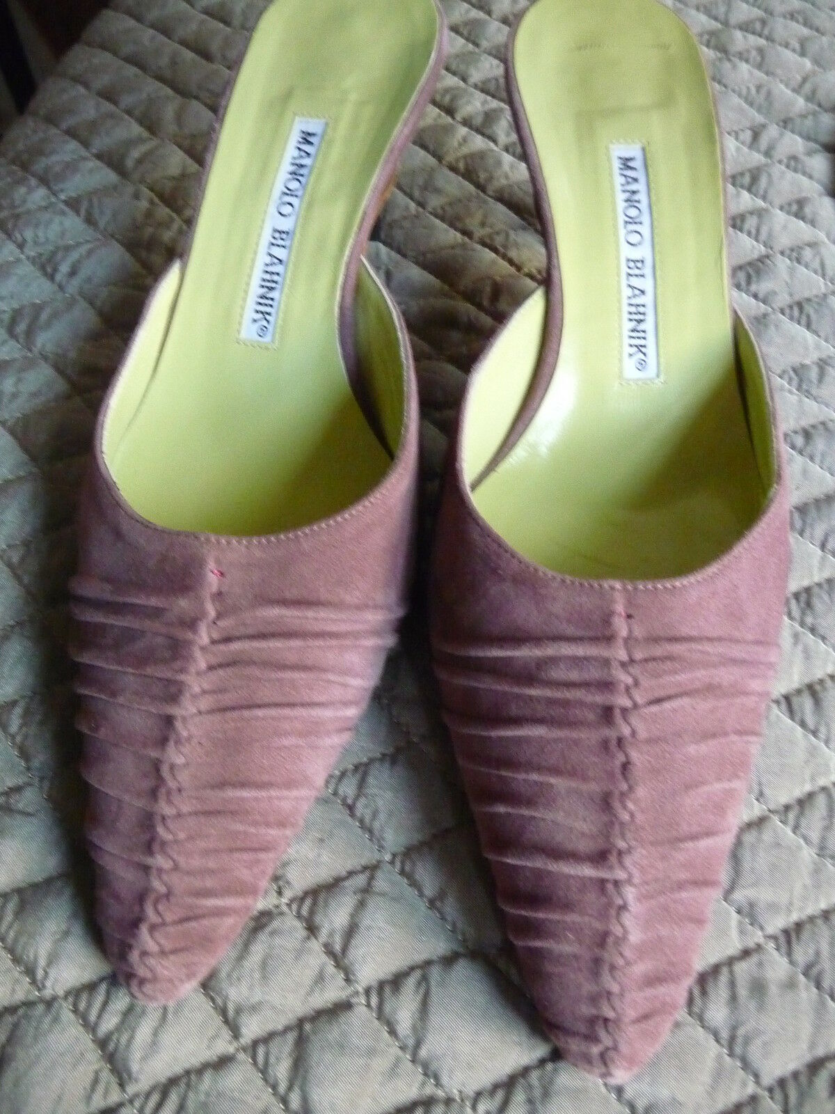 Manolo Blahnik mauve suede ruched mules size 36 w 2 1 4 inch heel