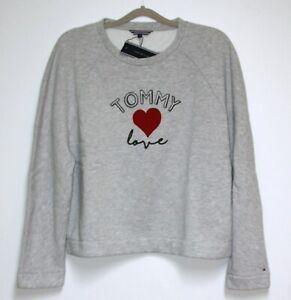 11364fa43022e Das Bild wird geladen Tommy-Hilfiger-Damen-Pullover-Tommy-Love-Hell-Grau-