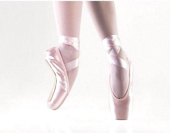 "Lt Pink 3//4 N Shank So Danca CK 03 /""Pas D/'Action/"" Ballet Pointe Shoes NWD"