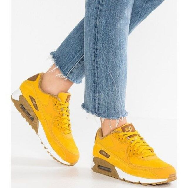 Nike – Wmns Air Max 90 Se Womens Shoes Mineral YellowMineral Yellow
