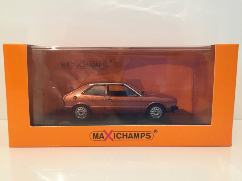 Minichamps 940050421 Volkswagen Scirocco 1974 - braun metallic Maxichamps NEU