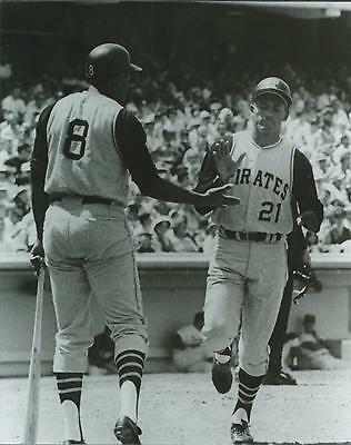 "ROBERTO CLEMENTE & WILLIE STARGELL- GLOSSY 8"" x 10"" PHOTO- PITTSBURGH PIRATES"