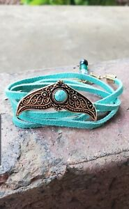 Womens-handmade-Mermaid-tail-gem-on-a-turquoise-suede-leather-bracelet-wrap