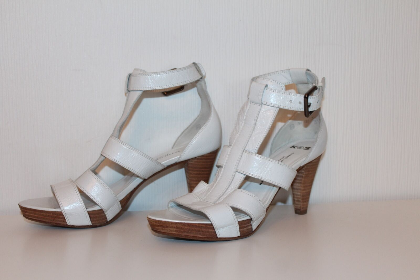 Tamaris cuero señora sandalias zapatos 37 con tachuelas Leather sandals uk4 antelina