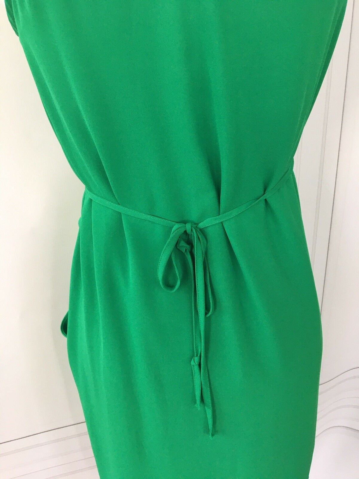 7e7ac64702c78 ... Cusp Cusp Cusp for Neiman Marcus Kelly Green Silk Dress Sz S c0647f