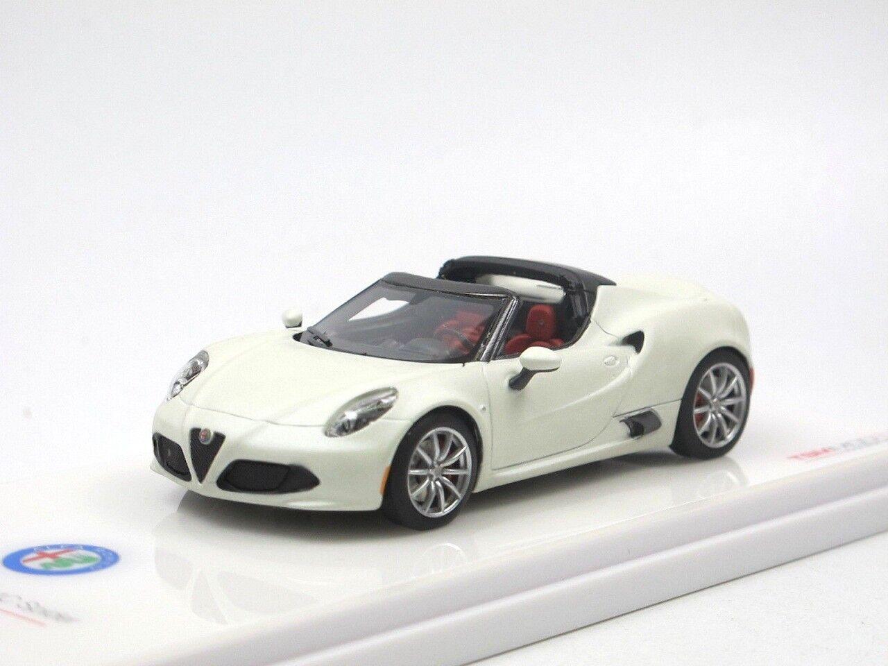 edizione limitata a caldo 1 43 43 43 Truescale TSM Alfa Romeo 4C Spider Matt bianca Prossootype LHD 2016  nuovi prodotti novità