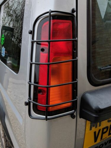CAMEL TROPHY STYLE LANDROVER DISCOVERY 98-04  TD5 SERIES II REAR  LIGHT GUARDS