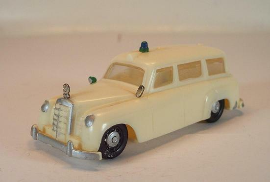 Siku Plastic V 71 Mercedes Benz 180 Ambulance Without Wear V-Series  720