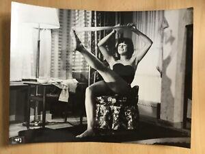 Essy-Persson-Pressefoto-039-66-in-034-Ich-eine-Frau-034-sexy-Striptease