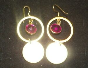 THE-AMERICANS-PAIGE-HOLLY-TAYLOR-PRODUCTION-WORN-JEWELRY-PAIRS-OF-EARRINGS-B5