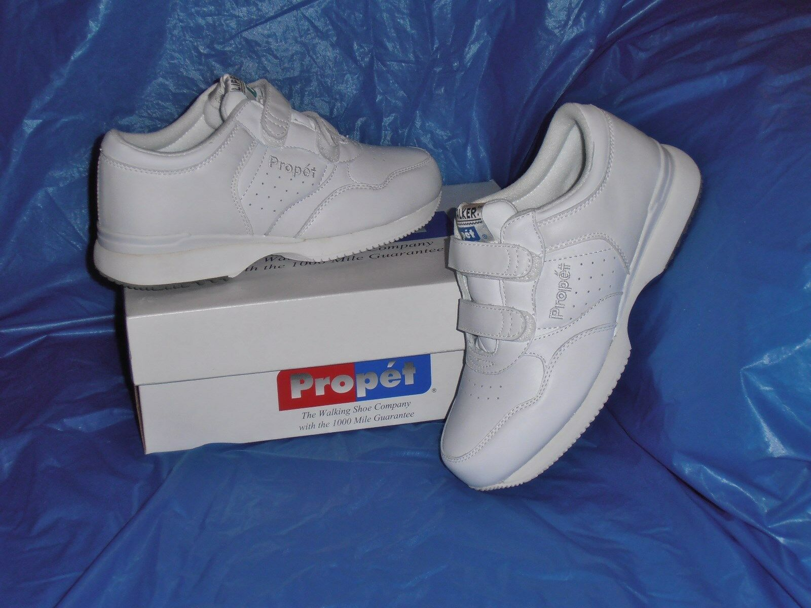 Propet M3705 Mens Dual Strap Lite Walking shoes,White  8  X  ( EEE )