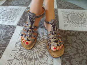 Kate-Spade-Gray-Brown-Snake-Print-Leather-Gladiator-Sandals-Size-9M