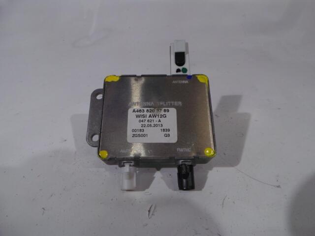 2013 Mercedes W204 Clase C Antena Divisor Módulo A4638203789