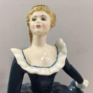 "Royal Doulton Vintage 1965 ""FRAGRANCE"" (HN 2334) Bone China Figurine"